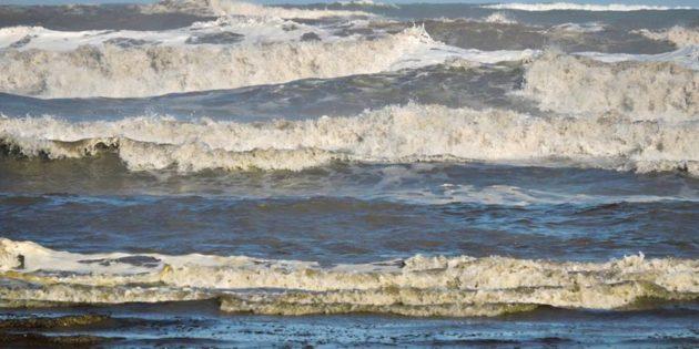 Mar Agitado na Praia do Cassino