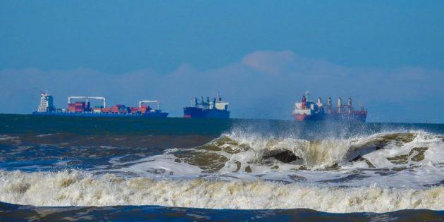Navios Vistos em Praia do Cassino