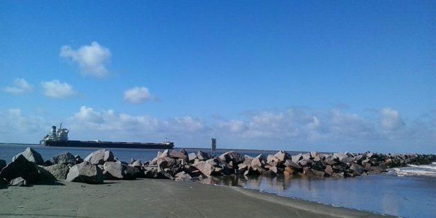 Um belo dia de sol na maior praia